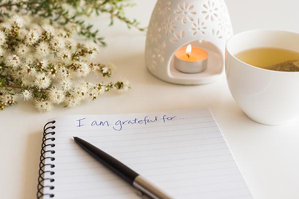 """I am grateful for..."" written in journal | meditation challenge"