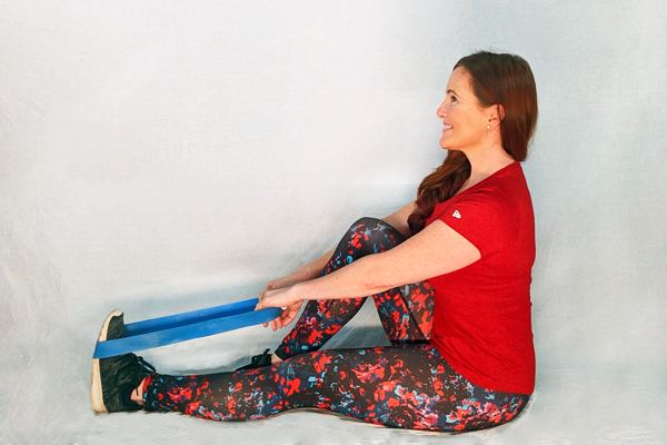 live trainer alexis seated calf stretch with band | calf stretches