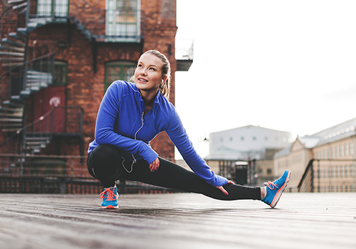 woman runner stretching | stretching routine