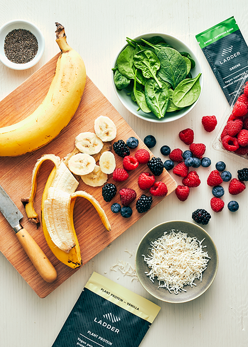 ingredients for green smoothie bowl | green smoothie bowl