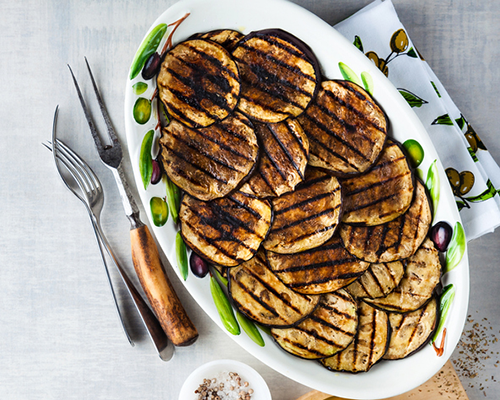 grilled eggplants on serving plate | how to cook eggplants