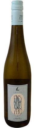 leitz eins zwei zero riesling bottle   non alcoholic wine