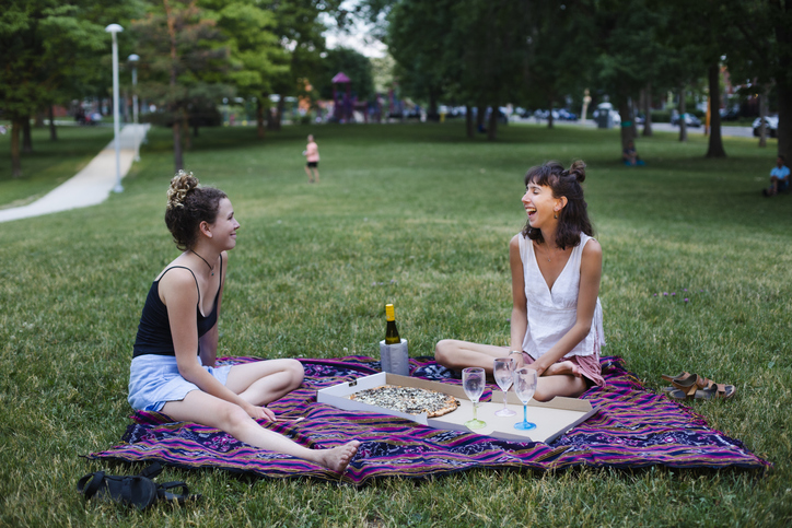 friends having picnic | how to treat yourself