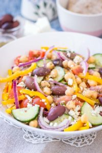 greek-chickpea-salad-chickpea-recipes
